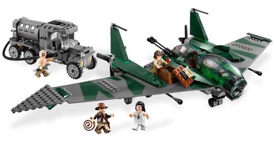 Lego 7683 Indiana Jones Souboj na letadle