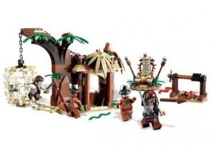 obrázek Lego 4182 Piráti z Karibiku Útěk před kanibaly