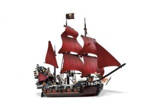 obrázek Lego 4195 Piráti z Karibiku Pomsta královny Anny