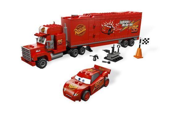 Lego 8486 Cars Mack - servisní kamión týmu