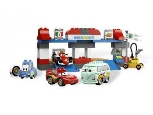 obrázek Lego 5829 Duplo Cars Zastávka v depu.
