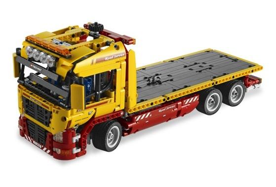 Lego 8109 Technic Náklaďák s podvalníkem