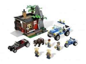 obrázek Lego 4438 Úkryt zloděje