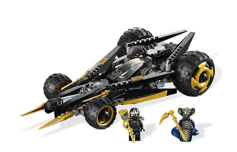 Lego 9444 Ninjago Cole útočí