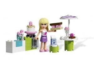 obrázek Lego 3930 Friends Stephanie v pekařském stánku