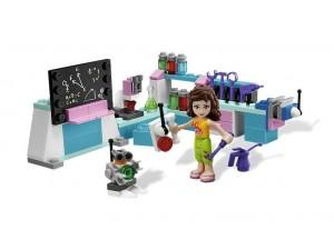 obrázek Lego 3933 Friends Olivia ve svojí dílně