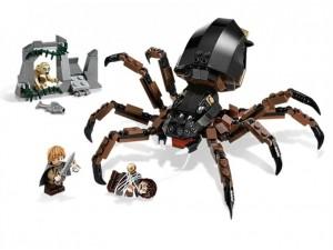 obrázek Lego 9470 Pán prstenů Shelob útočí