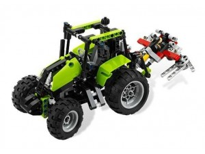 obrázek Lego 9393 Technic Traktor