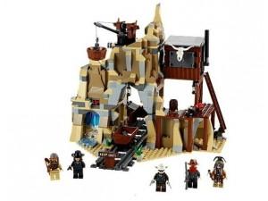 obrázek Lego 79110 Lone Ranger Přestřelka ve stříbrných do