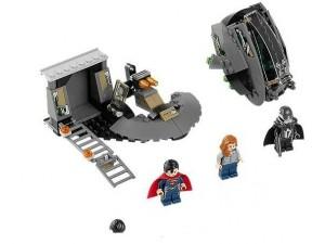 obrázek Lego 76009 Super Heroes Superman: únik Black Zero