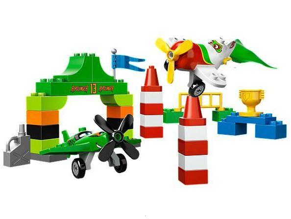 Lego 10510 Duplo Planes Ripslingerův letecký závod