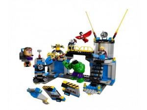 obrázek Lego 76018 Super Heroes Hulk Rozbití laboratoře