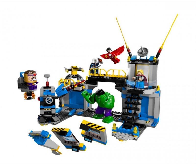 Lego 76018 Super Heroes Hulk Rozbití laboratoře