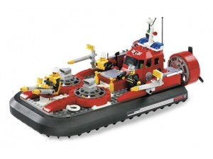 obrázek Lego 7944 City Hasičské vznášedlo