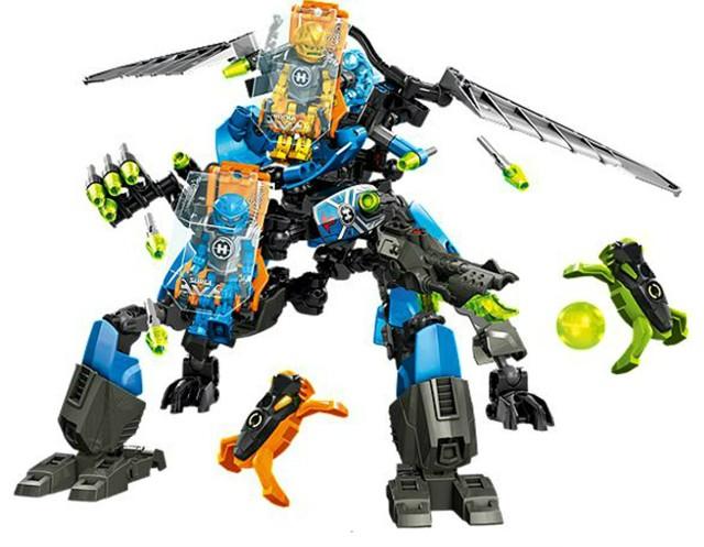 Lego 44028 Hero Factory Bojový stroj Surge a Rocka