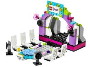 obrázek Lego 40112 Friends Módní molo, stojan na mobil