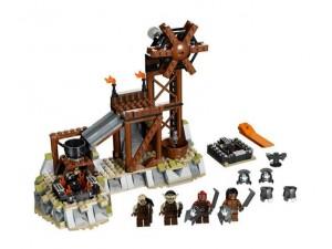 obrázek Lego 9476 Pán prstenů Kovárna Orků