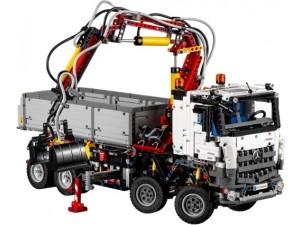 obrázek LEGO Technic 42043 Mercedes-Benz Arocs 3245