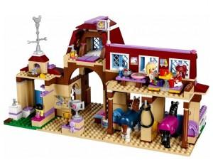 obrázek Lego 41126 Friends Jezdecký klub v Heartlake