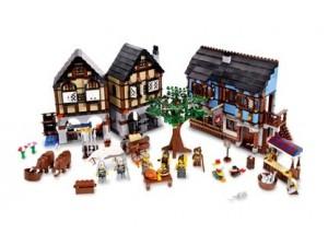 Lego 10193 Středověká vesnice s trhem