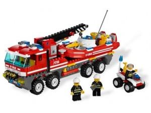 obrázek Lego 7213 City Hasičské auto s člunem