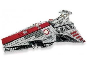 obrázek Lego 8039 Star Wars Útočný křižník Republiky